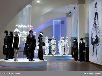 Kläder : Damkläder Mode Utställning