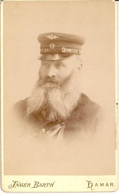 Lars Petlund, banevokter på Grundsetbanen