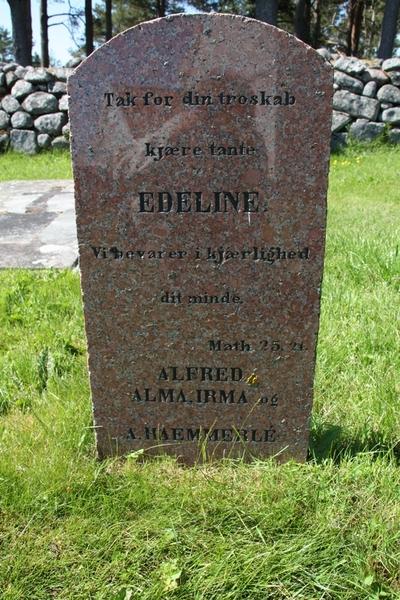 Gamle frøken Larssøn paa Mærdø er død, og hændes hus er stængt og stille...