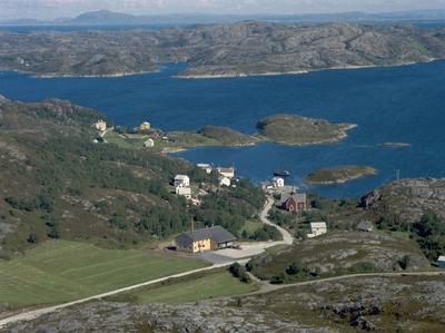 Fillan med Fjellværsøya i bakgrunnen