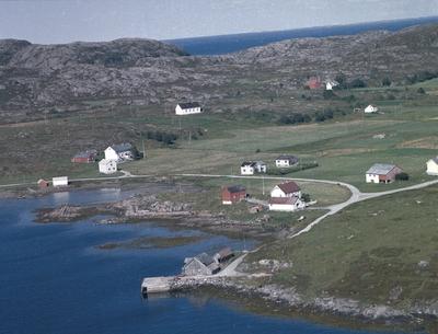 Eiendommer ved Fjellværøy dampskipskai