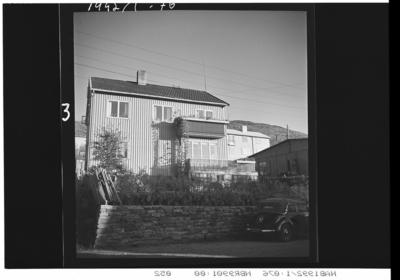 Postmester Hansens hus Bil: Mercedes