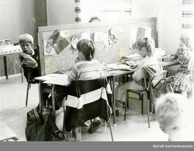 Elever i skolelandskap, Soma skole, Sandnes.