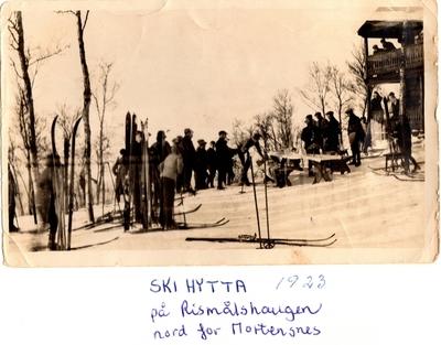 historier fra Skihytta på Rismålshaugen