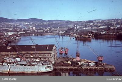 Utsikt over Bjørvika fra toppen av kornsiloen på Vippetangen