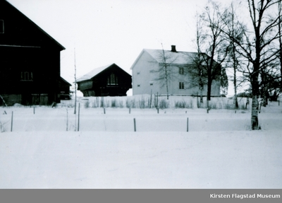 Johnsrud gård på Eidsvoll før hovedbygningen ble revet