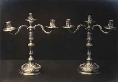 To lysestaker i sølv
