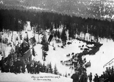Hopprenn i Hannibalbakken 1927
