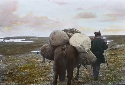 Fra foredragsrekken Landmålerlivet i Finnmark v/Axel Printz : Flytning av leir