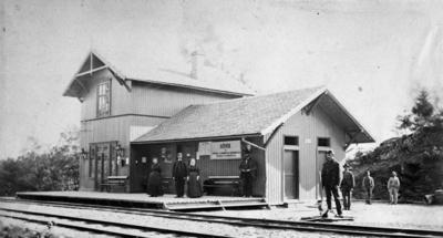 Jernbanestrekningen Bygdøy - Sandvika ble bygd fra 1870-72