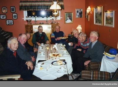 Hemsedal Mannsforening og Tuv Mannsforening starta opp i 1996/1997 og vart avslutta i 2012