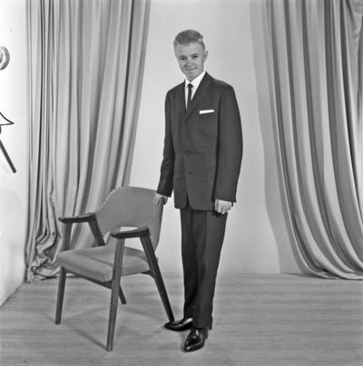 Portrett ung mann - bestiller Alf Bjørkelund