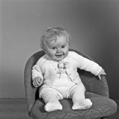 Portrett spebarn - bestiller Olav Hopland
