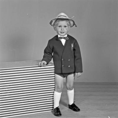 Portrett ung gutt - bestiller Richard Sundve