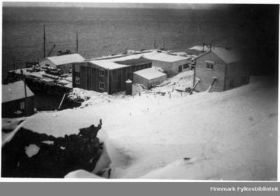 Bildet tatt i Øksfjord under gjenreinsninga