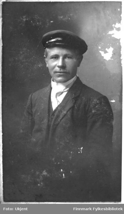 Et portrett av Gustav Gustavsen fra Sommernes