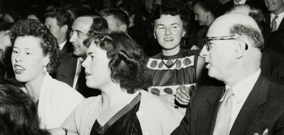 Publikum på festen til Jonas Øglænd Sandnes Smil og latter