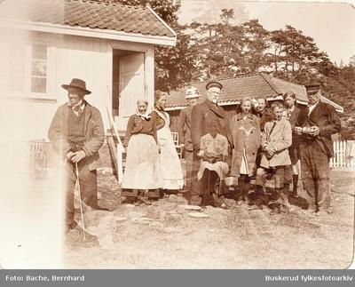 Bachfamilien ved landstedet på Tjøme