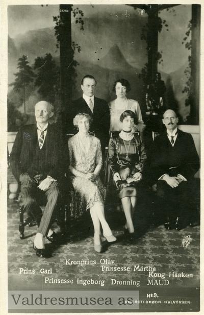 Prospektkort av kongefamilien