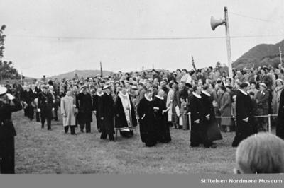 Prosesjon i forbindelse med feiringen av 1000-års jubileet for slaget ved Rastarkalv