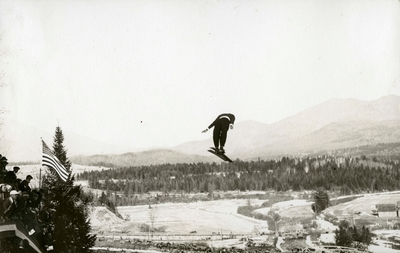 Birger Ruud hopper i Lake Placid