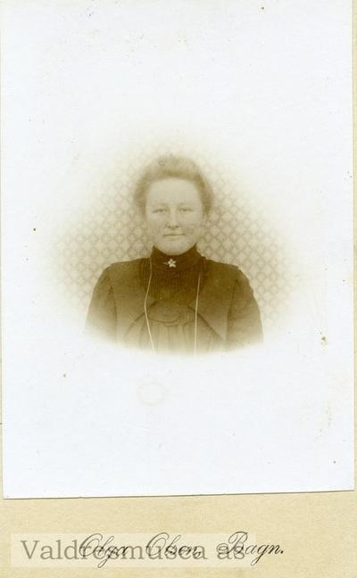 Portrett av Guri Langedrag