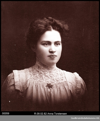 Lærerinne Anna Tostensen