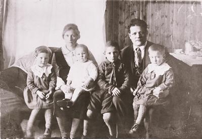 Familien Larsen Gryllefjord