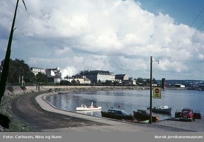 Godstog nordover forlater Hamar stasjon