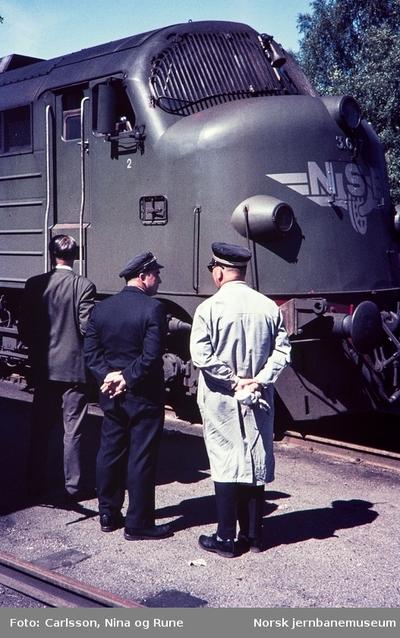 Fronten av diesellokomotiv type Di 3 nr