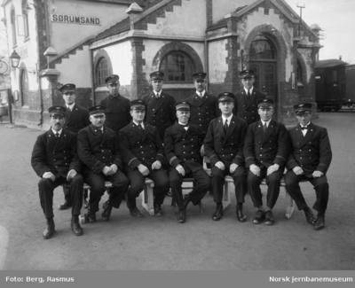 Personalet ved Sørumsand stasjon