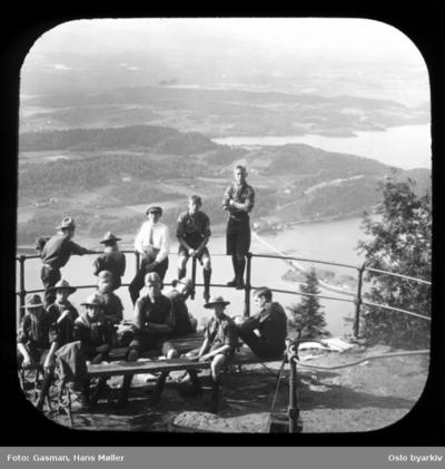 Speidere ved Kongens utsikt på Krokskogen
