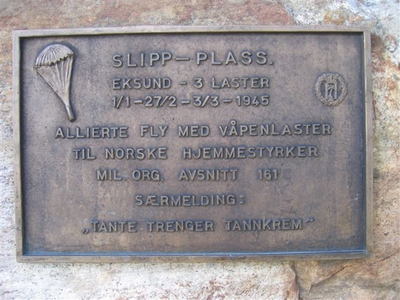 Minnetavle - Slipp-plass Eksund