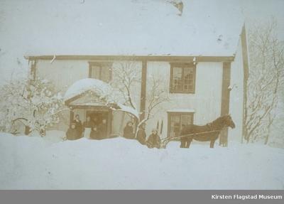 Johnsrud gård på Eidsvoll januar 1915