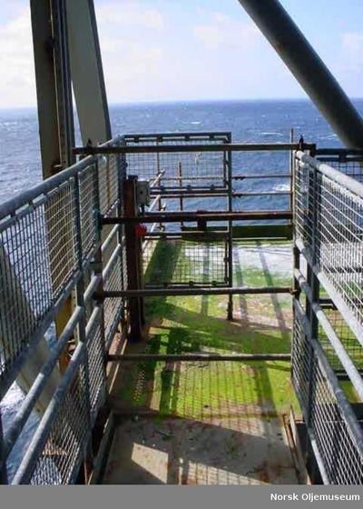 105-2003-1West Flotel Landing Platform
