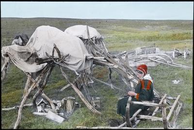Fra foredragsrekken Landmålerlivet i Finnmark v/Axel Printz : Stabbur og husflid i Sirma