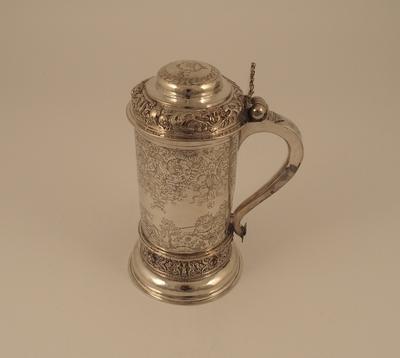 Drikkekanne med sylinderform