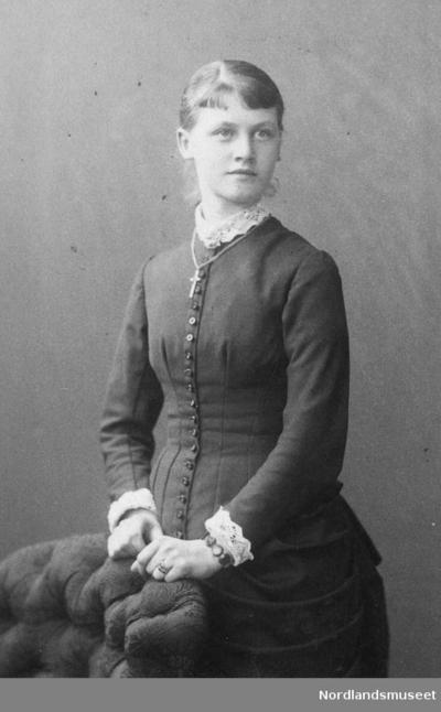 Fru Anna Caroline Aas gift Berg