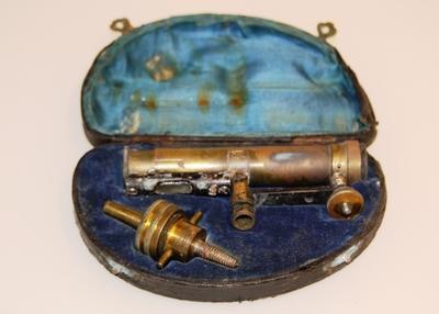 Landmåleinstrument
