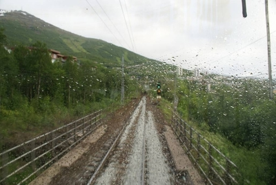 Ofotbanen Katterat-Narvik jernbanestasjon fotografert fra Robelralla