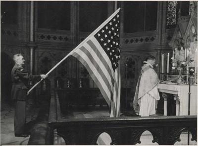 Serenomi i Nidarosdomen under fredsdagene i 1945