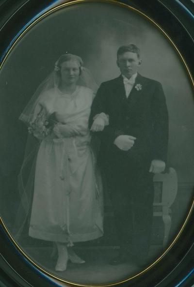 Brudeparet Ingeborg Ovida Leikvollen og Ola Kolbjørnson Viko