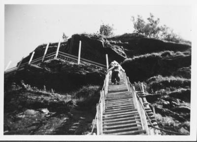 Opp trappen på 1126 trinn i Fykandalen