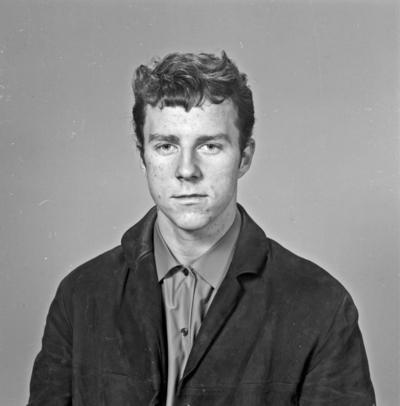 Portrett ung mann - bestiller Per Hestad