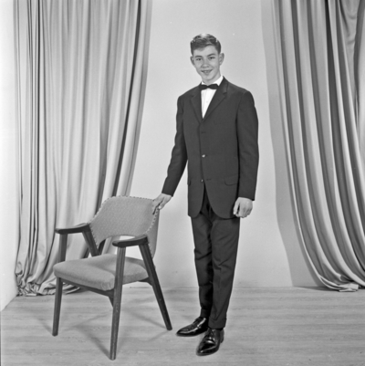 Portrett ung mann - bestiller Samuel Fagerland