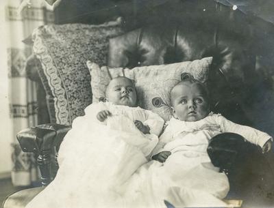 2 dåpsbarn