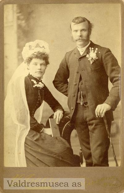 Brudebilde av Per Hansen Islandsmoen og kona Gurine Paalsdatter f