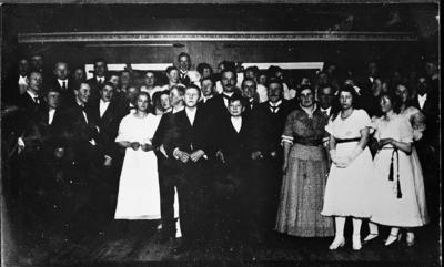 Juleball på gården Sogstad i Østre Toten 1915