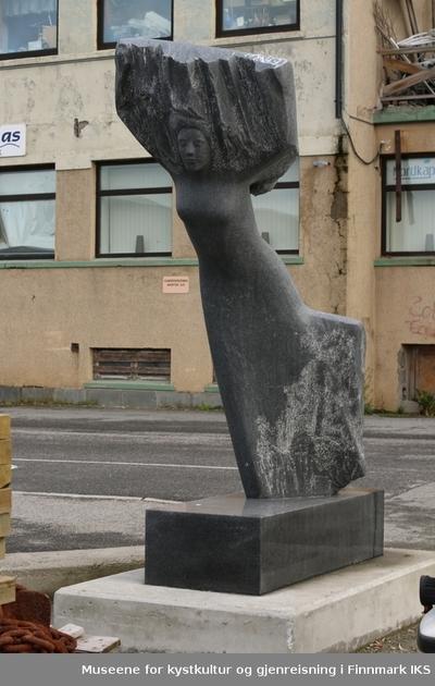 Skulptur Is fra Versum Origo serie