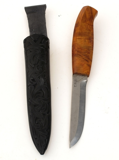 Kniv med slire